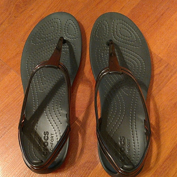 87a6bb965b590 CROCS Shoes - Crocs Isabella T-strap sandal size 7